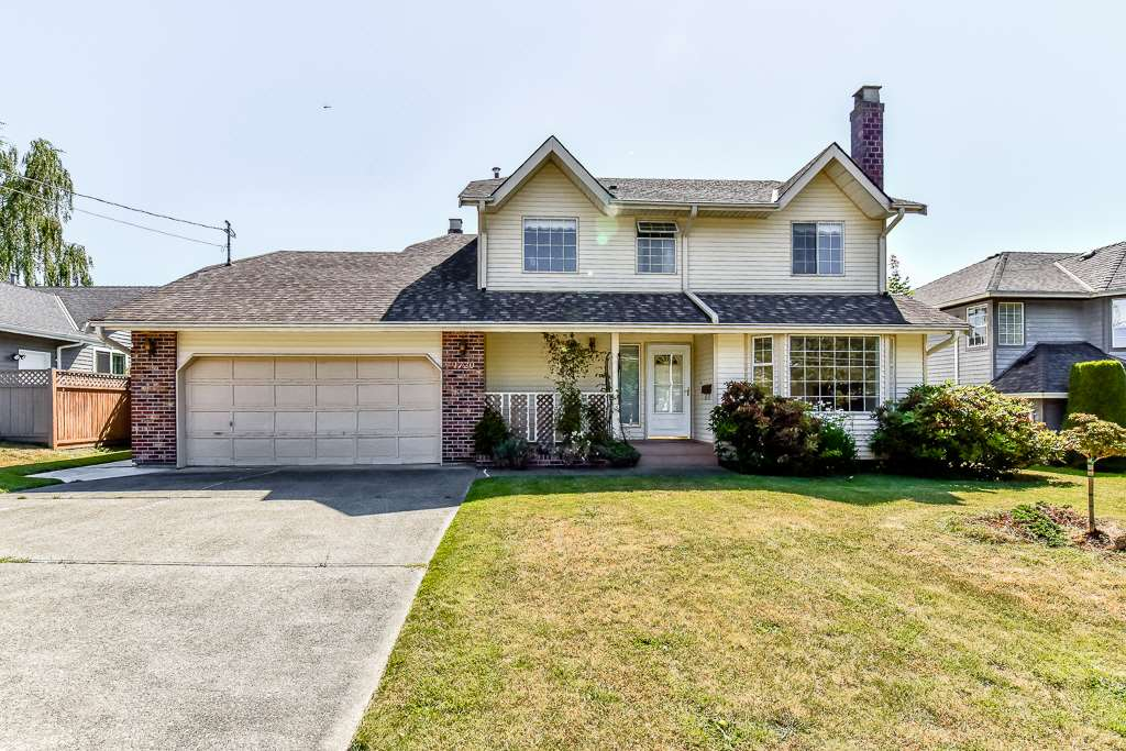1720  130th Street, Surrey, BC, V4A 4A3 Photo 1